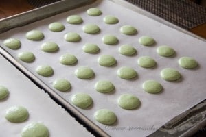Mint French Macarons- Step 7
