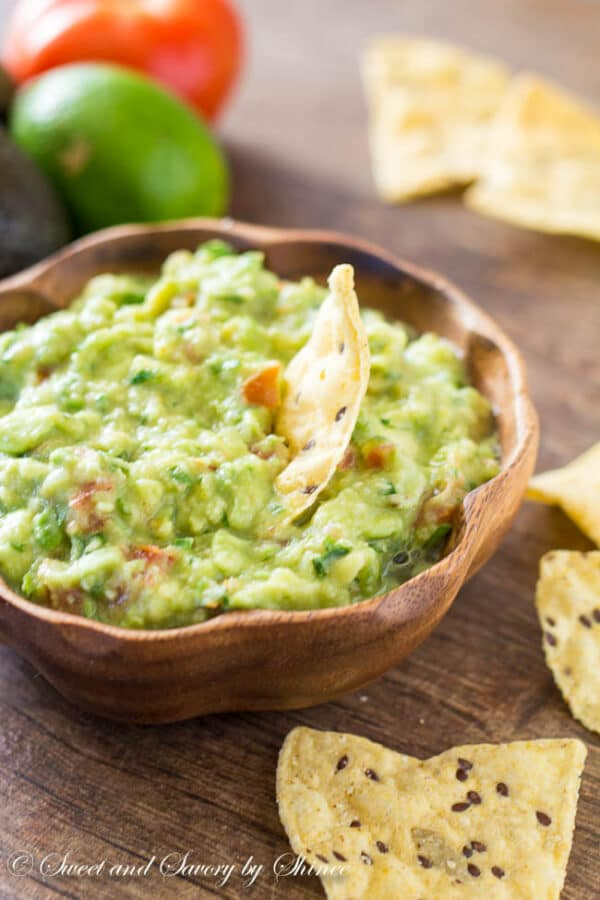 This simple guacamole recipe is for every guacamole purists out there ...