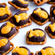 Chocolate Goldfish Bites-5