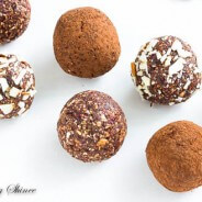 Almond Chocolate Energy Balls-5