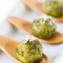 Pesto Mozzarella  Chicken Meatballs-1