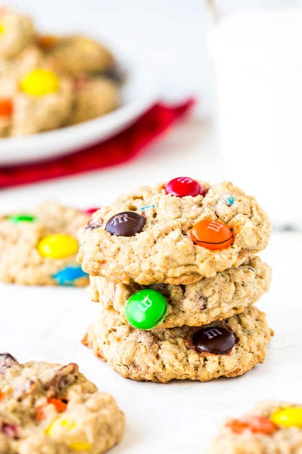 Yes, you can use instant oatmeal in your cookies! Instant flavor upgrade, and no chilling required. Try these super easy apple cinnamon instant oatmeal cookies today!