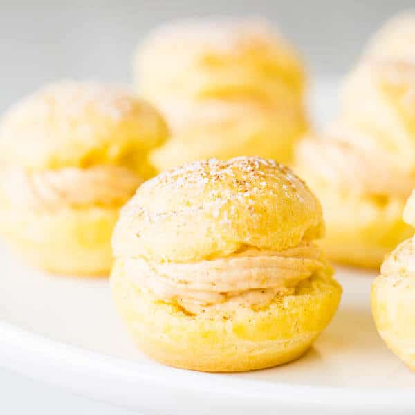 Move over pumpkin pie, pumpkin cream puffs are in town! Super light crust meets dreamy soft and smooth pumpkin filling, match made in the kitchen...