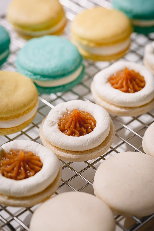 Everything you need to know about making macarons!!! French meringue based easy macarons with reduced sugar amount! A perfect beginners recipe! #frenchmacarons #macaronrecipe