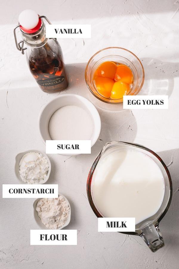 Ingredients: vanilla extract, egg yolks, sugar, cornstarch, milk, flour.