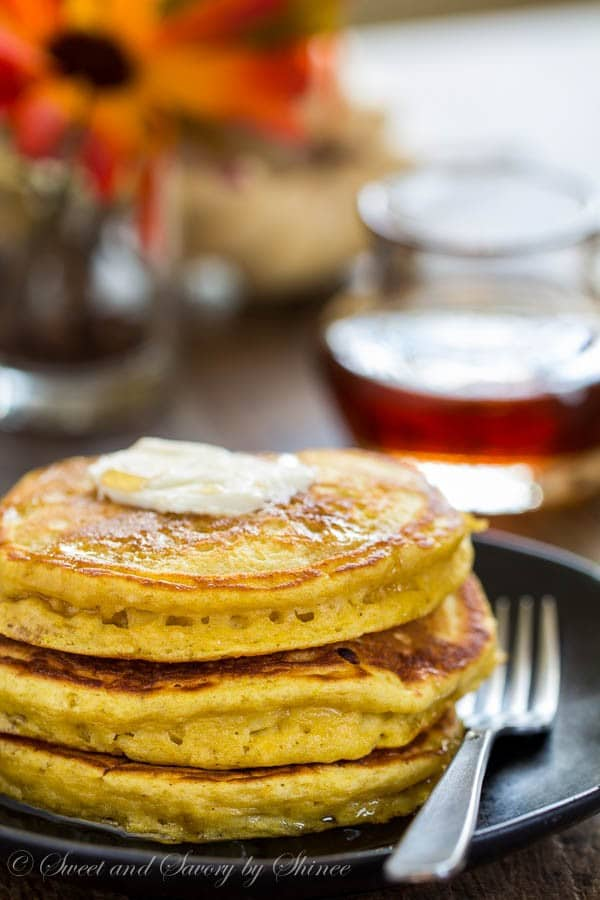Melt-in-your-mouth soft and extra fluffy pumpkin pancakes is the best way to start a relaxing weekend in the fall.