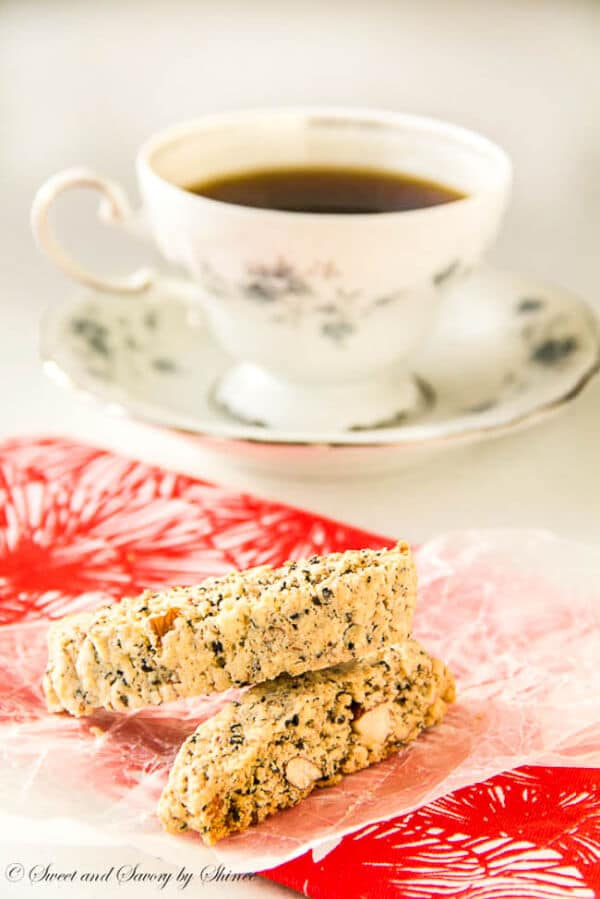 These almond sesame seed biscotti are crunchy and extra nutty cookies, perfect for your Christmas cookie collection.