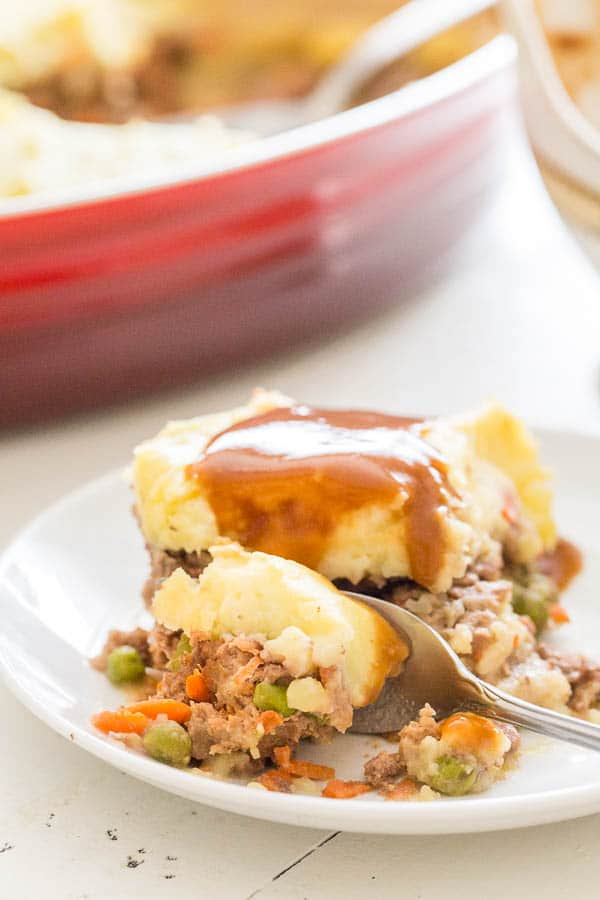 This easy shepherd's pie will hit the spot just right when you're craving stick to your ribs comfort food! Unlike most recipes, you don't need to pre-cook meat filling. Super easy!