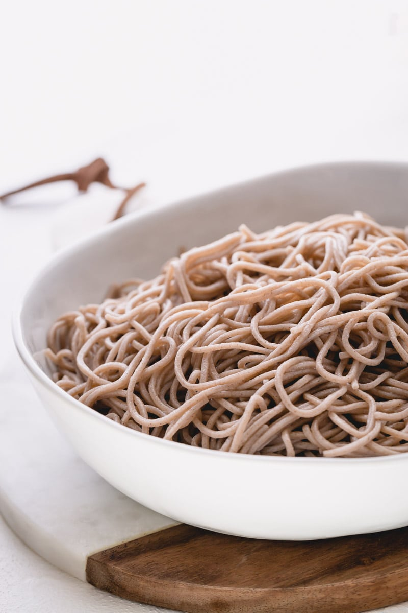 Soba (buckwheat) noodles are light and nutty naturally gluten-free noodles. #buckwheatnoodles