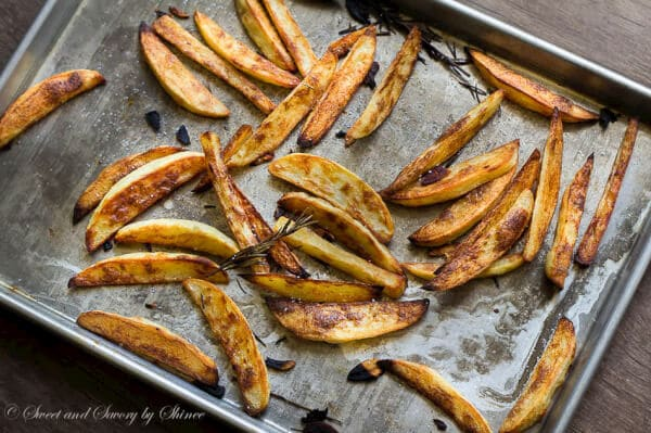 Thick and crunchy baked steak fries- ultimate comfort food healthier way without sacrificing the flavor and texture!