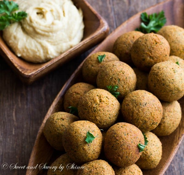 These homemade vegetarian falafel balls are packed with flavor and make a perfect appetizer in just a few simple steps.