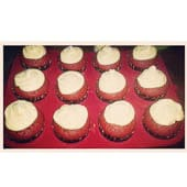 red-velvet-cupcakes2