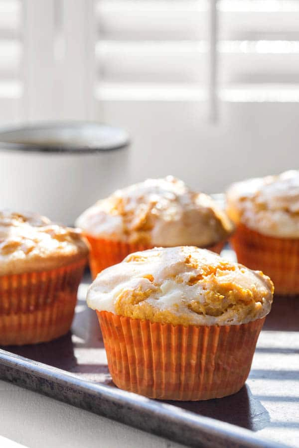 No joke here. You're only 4 simple ingredients away from these tall, dense, yet moist pumpkin cheesecake muffins!