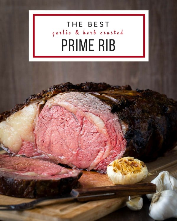 Don't ruin your perfect prime rib! Try this reverse-searing method to cook your next boneless prime rib and enjoy evenly cooked juicy slice of roast! #primerib #howtoroastprimerib #bonelessprimerib #christmasdinner