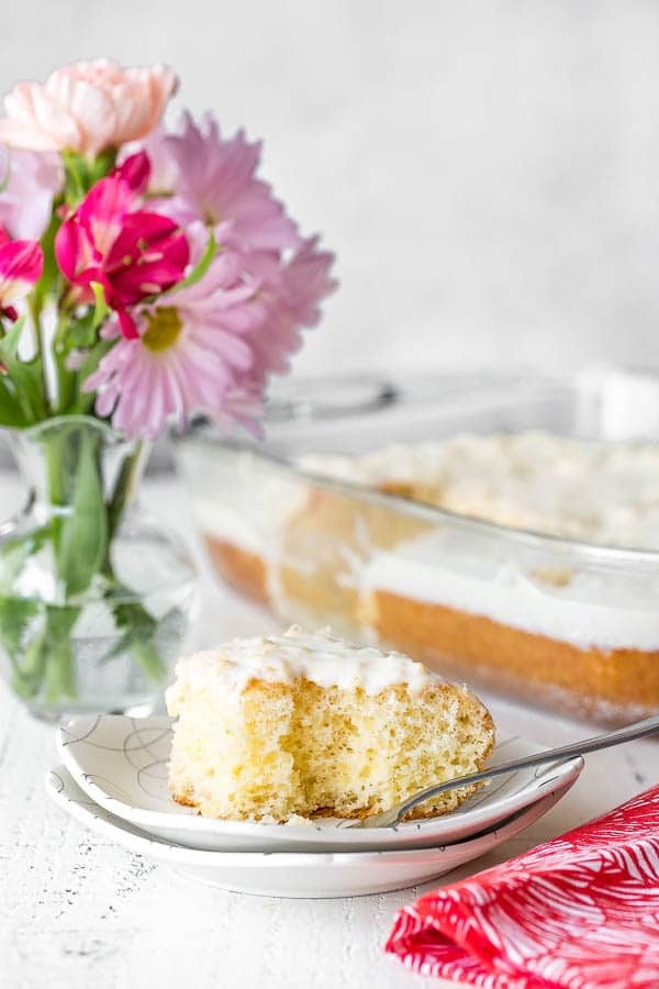 Insanely easy 5-ingredient pineapple sheet cake under 45 minutes from start to finish! Big reward for very little effort, and feeds a crowd! #pineapplecake #sheetcake #Easterdessert #Eastertreat #dessertforcrowd