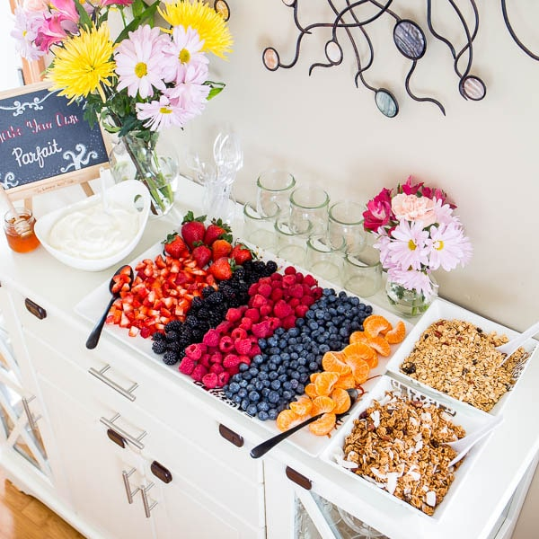 3 Tips for Perfect Brunch Yogurt Parfait Bar!!! Effortless, yet chic this colorful make-your-own-parfait bar is easy to put together and is sure to impress. #brunch #yogurtparfaitbar #brunchmenu #bridalshower #springbabyshower
