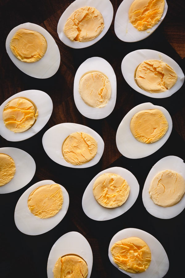 How to cook perfect hard boiled eggs for deviled eggs? #hardboiledeggs #deviledeggs