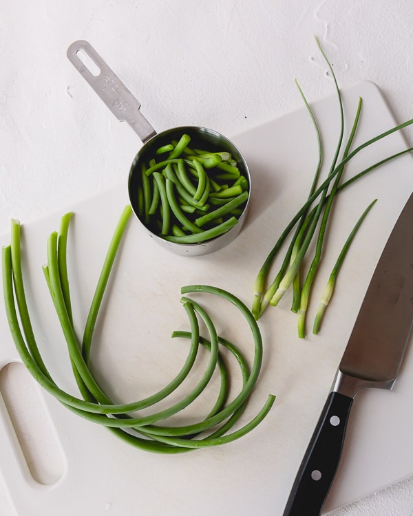 How to prepare garlic scapes...